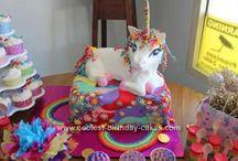 Cakes Cakes Cakes!! / by Yasmin Geldof