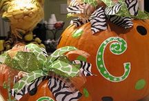 Halloween/Fall crafts / by Wendy Chavez