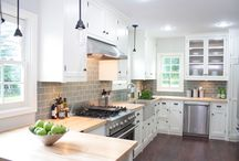 DREAM kitchen & dining / by Claire Blevins