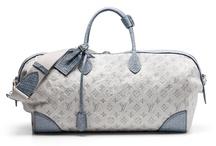 Handbags / by Paula Vincent
