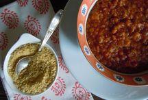 Soupe, stews and crockpots / by Laken Harrel