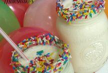 birthday party treats / by Melina Christofaridou