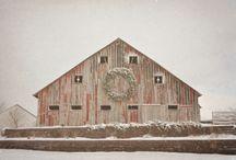 barns / by Julie Christensen