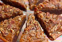Cakes, Brownies & Muffins / by Niduyham Irbas