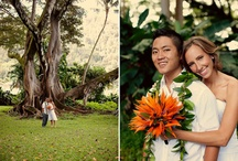 Wedding flowers and ideas / #wedding flowers, #wedding bouquet, #weddings, #center piece / by Catrin Strigl
