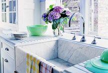 future home ideas / by Rachel Sparks