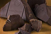 Te amo chocolate!!! / by Rosi Martgom