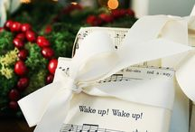 Gift Wrapping/Gift Ideas / by Amy Kaser