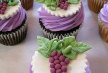 Sweet Treats! / All about deserts!  / by Neida Ayumi Mohd Jayus