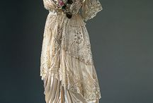 Antique and Vintage Clothing / by Kim Langham