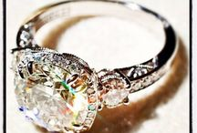 Engagement rings / by Kati McGinnis