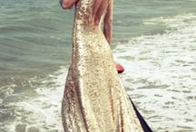 Fashion - Gorgeous Dresses and Gowns  / by Sacha Renner
