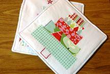 sew mama sew holiday tutorials / by daisy and jack