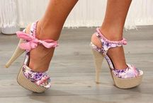 Who doesn't love shoes? / by Kelly Brown