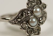 Jewlery_2 / by Roxanna Hambright