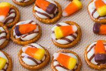 Snacks & Treats / by Sara Ciolli