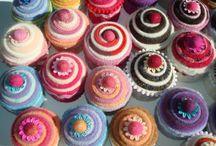 pin cushions / pin keeps / by Julie Curtis
