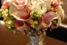 Wedding Floral Centerpieces / by Jeanie Gregorich
