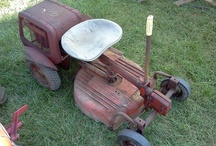 Vintage Simplicity Tractors / These classic Simplicity tractors take you back to simple times. / by Simplicity