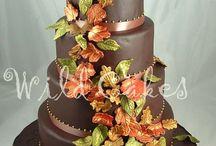 Riley's wedding cake ideas / by Bobbijo Queen