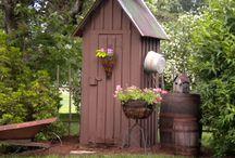 Garden Sheds / by Leonna Milburn
