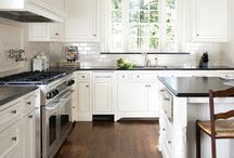Kitchens / by Jacque Moncrief