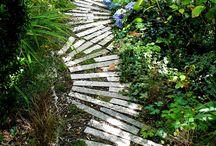 Gardening Stuff / by Jacqui Tyson