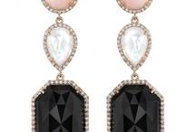 Diamonds are a girl's BEST friend! / by Nicole Hunsaker