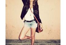 hipster/ hippie <3 / by Viviana Mendez