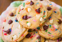 Cookies / by Kelli Jordan