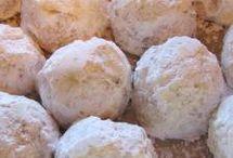 Cookies,Bars & Brownies..etc..... / by Linda Farmer