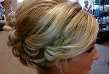 Hair dos / by Minerva Alvarez