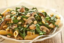 yum: savory / some vegetarian recipes; lots of vegan ones / by sarahem