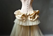 Costumes / by Debbie Patterson (Laughngypsy.etsy.com)