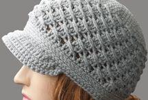 Crochet Crafts / by Jennifer Sikora