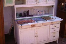 Cabinets / by Tammy Nisco