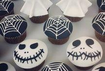 Hallowen cupcake / by Glazur Shop