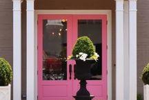 Window Shopping / by Mary Jane Reelitz