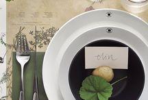 Table settings / by Karolina Strandberg