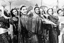 Belly Dance : the Golden Era / by Marwa Naghmouchi