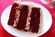 Mmmm.... Sweet Cakes! / by Jan Lipinski