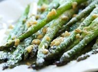 Vegetable side dishes / by Rachel Daily