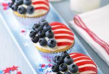 Cupcakes / by Lisa Atkins