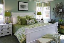 bedroom / by Sidnie Schoonover