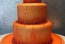 cakes/ cupcakes / by Jodie Pierce