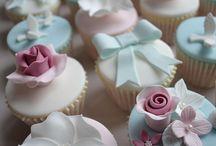 Cupcakes! ♡ / by Natalia Alexandriah