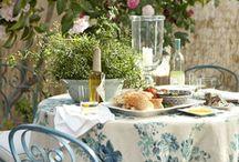 Al Fresco Dining / by JaynieJellyBelly
