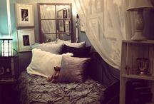 Bedroom ideas / by Kayla Schuh