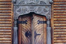 Extraordinary Doors / by Gay Kingsley
