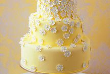 Amazing Cakes / by Carolyn Jackson